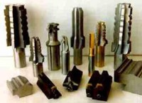WE OFFER FULL RANGE OF CUTTING TOOLS.